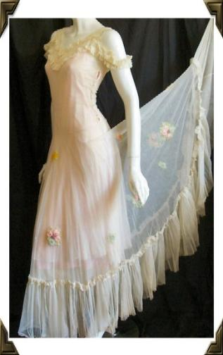Vintage 30's gown sheer w/ crewelwork flowers