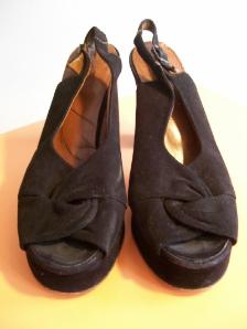 40s platforms 70s shoes peep  toe platforms