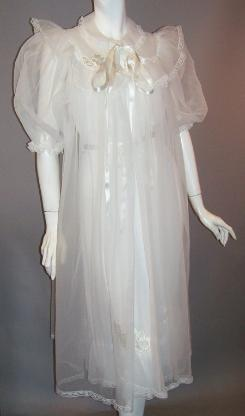 vintage bridal peignoir