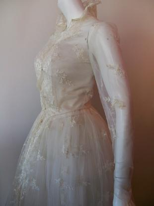 vintage wedding gown Grace Kelly wedding dress