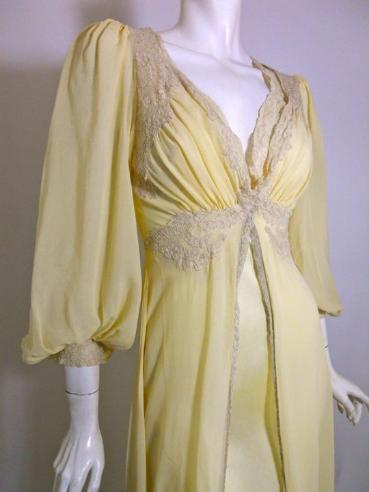 Welcome To Dorothea S Closet Vintage Lingerie