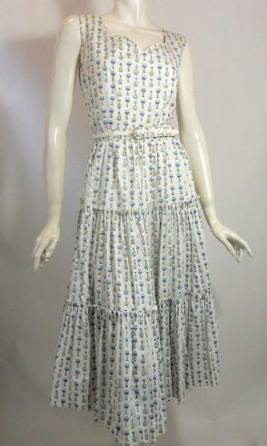 Dorothea's closet vintage dress, 50s dress, novelty print dress