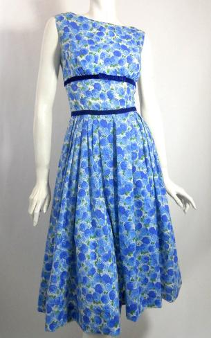 Dorothea's closet Vintage dress, 60s dress, blue rose dress